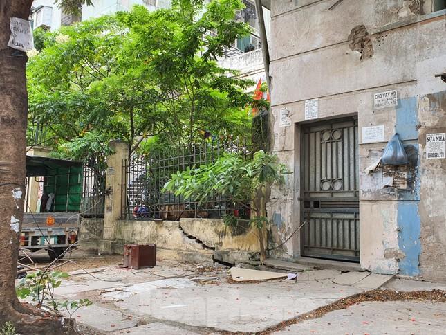 Tận thấy cảnh hoang tàn các khu nhà tái định cư ở Hà Nội ảnh 12