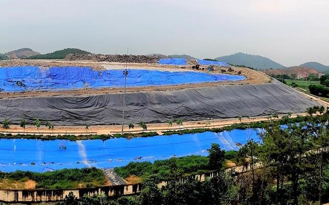 Hà Nội lập tổ giám sát vệ sinh môi trường quanh bãi rác Nam Sơn ảnh 1