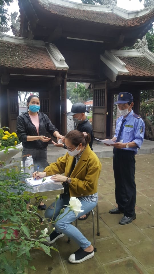 Hà Nội: Chủ tịch các phường chịu trách nhiệm về chống dịch tại di tích ảnh 7