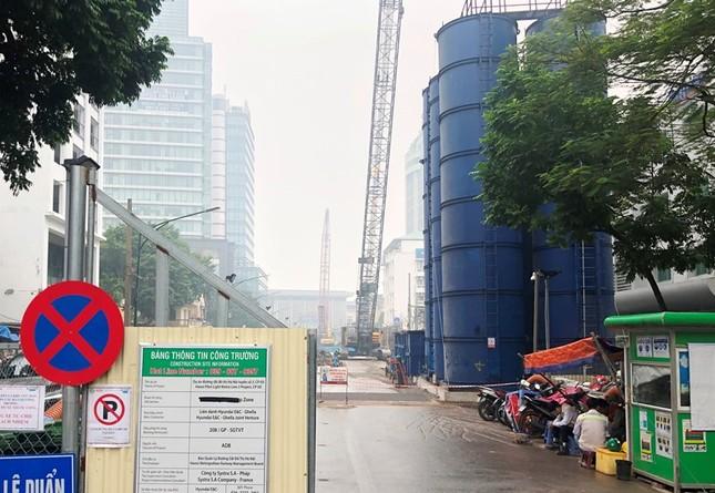 Cận cảnh các công trình thi công 'rùa' gây ô nhiễm bụi ảnh 8