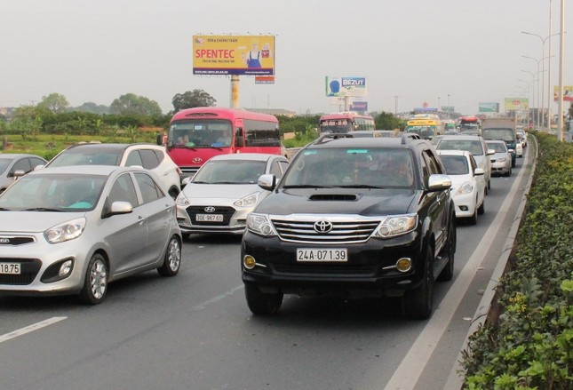 28 Tết, BOT Pháp Vân - Ninh Bình 'tê liệt' vì chưa thu phí không dừng ảnh 2