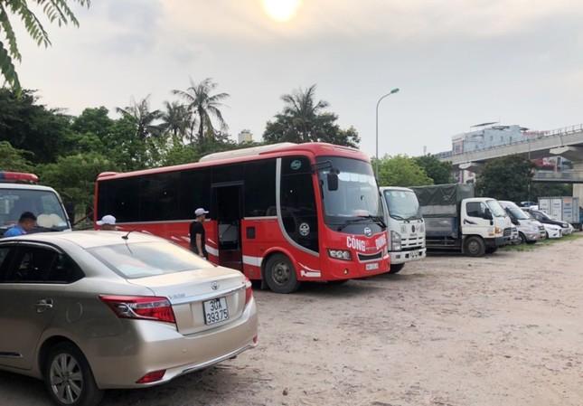 """Xe buýt hoạt động như """"xe dù"""" bị yêu cầu giải trình để xử lý ảnh 5"""