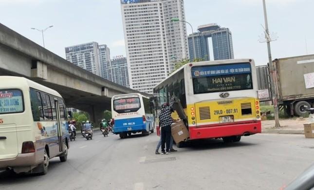 """Xe buýt hoạt động như """"xe dù"""" bị yêu cầu giải trình để xử lý ảnh 7"""