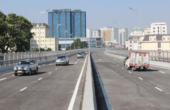 Sau thông xe, ô tô được chạy tốc độ bao nhiêu ở đường Vành đai 2 trên cao? ảnh 2