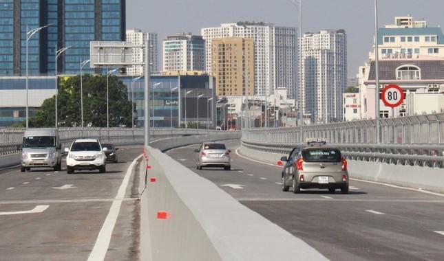 Sau thông xe, ô tô được chạy tốc độ bao nhiêu ở đường Vành đai 2 trên cao? ảnh 3