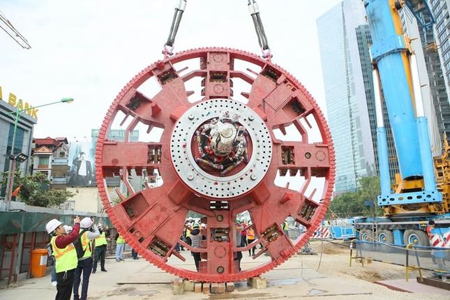 Tận thấy lắp ráp robot đào hầm khủng tuyến metro Nhổn - ga Hà Nội ảnh 1