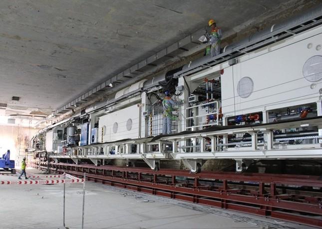 Tận thấy lắp ráp robot đào hầm khủng tuyến metro Nhổn - ga Hà Nội ảnh 5