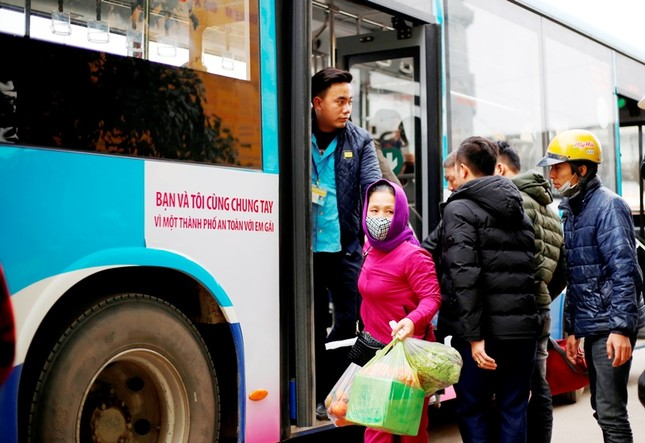 Đưa thêm 7 tuyến buýt mới hoạt động từ đầu năm 2021 ảnh 1