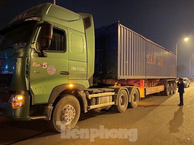 Cầu Thăng Long lập chốt kiểm soát xe quá tải thế nào? ảnh 6