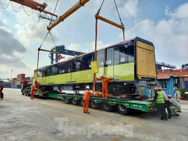 Hình ảnh đoàn tàu metro thứ 3 về Hà Nội ảnh 7