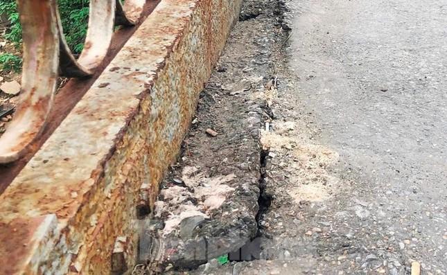 Mặt cầu Long Biên thủng lỗ chỗ được sửa chữa thế nào? ảnh 5