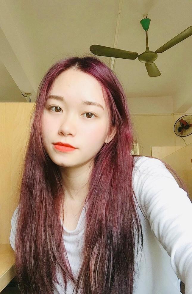 """Nữ sinh xứ Thanh xinh đẹp, tài năng của Đại học Mở: """"Tiếng Trung đến như một cái duyên"""" ảnh 1"""