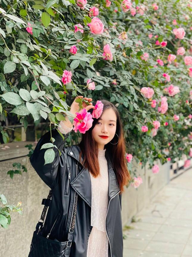 """Nữ sinh xứ Thanh xinh đẹp, tài năng của Đại học Mở: """"Tiếng Trung đến như một cái duyên"""" ảnh 4"""