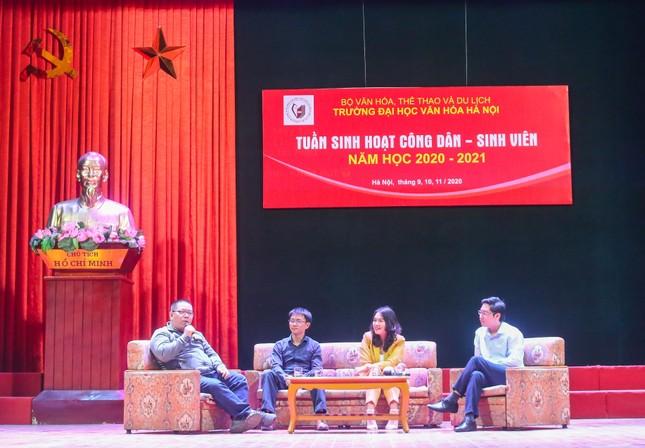CEO Nguyễn Mến truyền cảm hứng khởi nghiệp kinh doanh đến 700 sinh viên ĐH Văn hóa Hà Nội ảnh 3