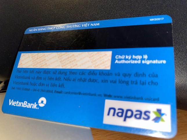 Mang thẻ ngân hàng đến tận tay tân sinh viên ảnh 2