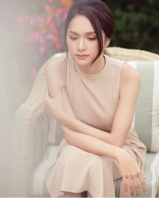 """Hoa hậu Hương Giang: """"Tôi luôn muốn vượt qua mọi vòng tròn do người khác định sẵn"""" ảnh 1"""