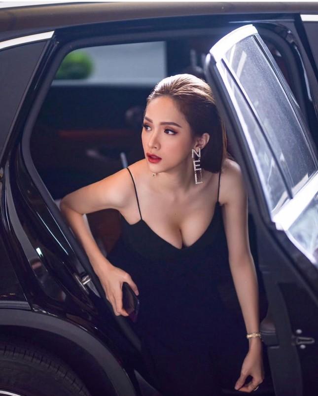 """Hoa hậu Hương Giang: """"Tôi luôn muốn vượt qua mọi vòng tròn do người khác định sẵn"""" ảnh 6"""