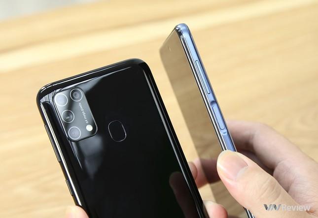 """Redmi Note 9s vs. Galaxy M31: """"Mãnh thú"""" nhà Xiaomi và Samsung khác nhau như thế nào? ảnh 4"""