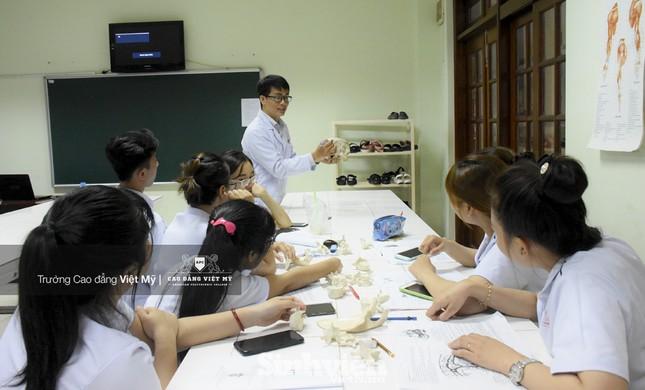 Hợp tác theo mô hình Viện - Trường trong đào tạo sinh viên nhóm ngành Chăm sóc sức khỏe ảnh 2