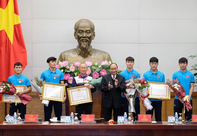 Thủ tướng: U23 Việt Nam tạo không khí yêu thương, lấn át mọi tiêu cực ảnh 3