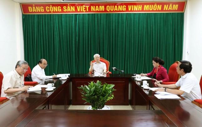 Tổng Bí thư, Chủ tịch nước chủ trì họp lãnh đạo chủ chốt  ảnh 2