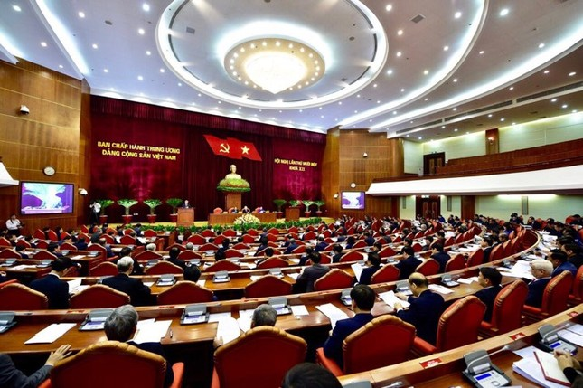 Kết luận của Bộ Chính trị về độ tuổi tái cử nhiệm kỳ tới ảnh 1