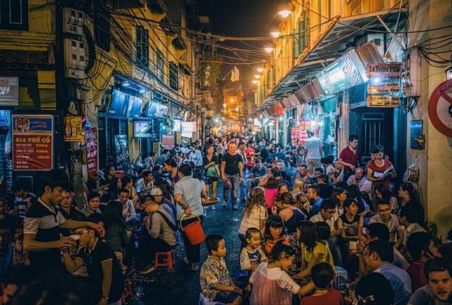 Hà Nội, TP.HCM và các khu du lịch lớn không còn bị 'cấm thức đêm' ảnh 1
