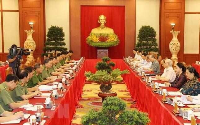Bộ Chính trị hoàn thành chương trình làm việc với 67 đảng bộ trực thuộc Trung ương ảnh 1