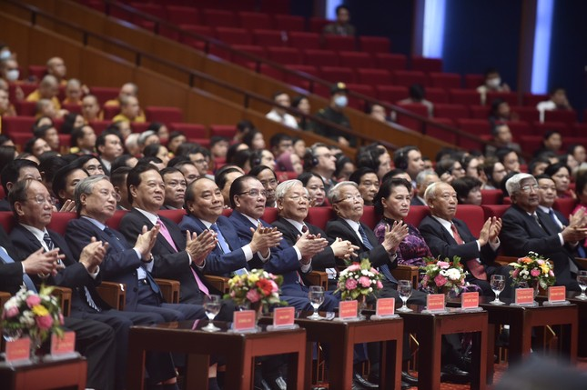 Tổng Bí thư, Chủ tịch nước: 'Xoá bỏ mặc cảm, định kiến về quá khứ' ảnh 1