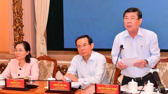 Chủ tịch 2 thành phố lớn 'hiến kế' phát triển kinh tế năm 2021 ảnh 1