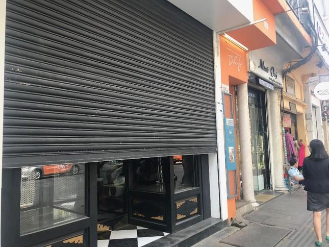 Hàng loạt cửa hàng Khaisilk ở TPHCM giờ ra sao? ảnh 2