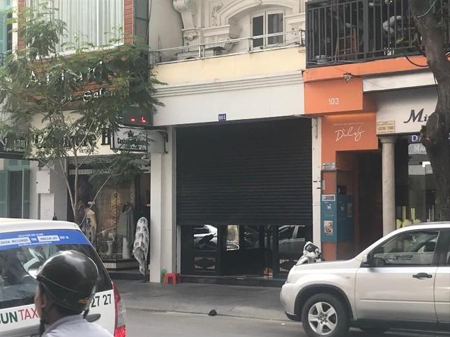 Hàng loạt cửa hàng Khaisilk ở TPHCM giờ ra sao? ảnh 1
