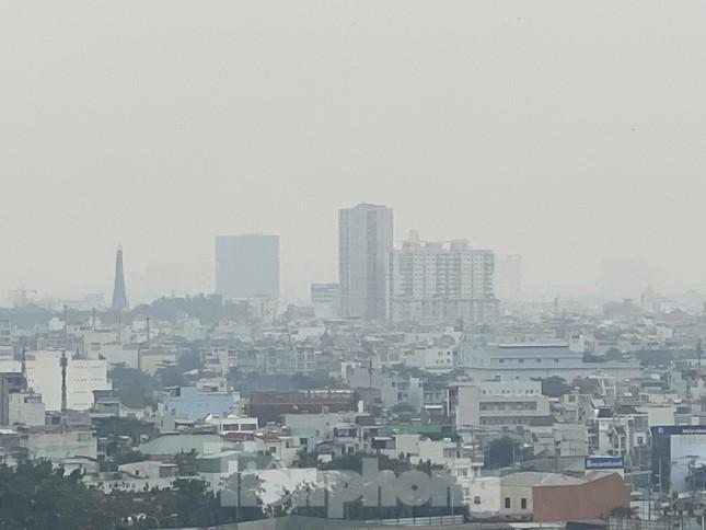 Cuối tuần, sương mù phủ kín cao ốc Sài Gòn ảnh 11