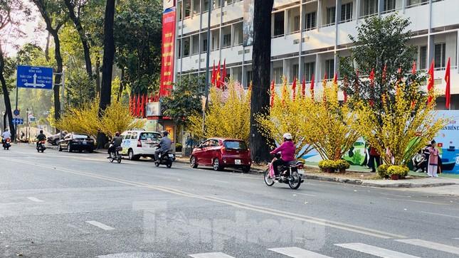 Đường phố Sài Gòn thông thoáng ngày đầu nghỉ Tết Nguyên đán 2020 ảnh 10