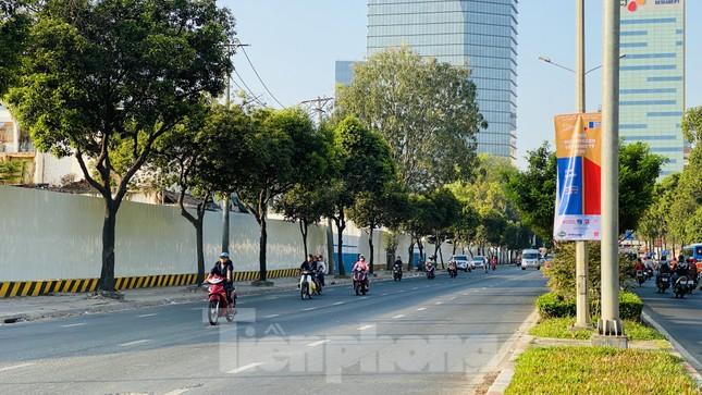 Đường phố Sài Gòn thông thoáng ngày đầu nghỉ Tết Nguyên đán 2020 ảnh 22