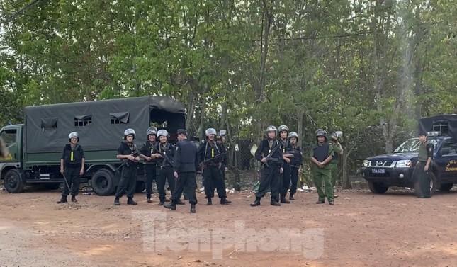 Trắng đêm vây bắt nghi can bắn chết 4 người ở TPHCM ảnh 5