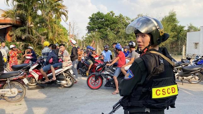 Quân đội hỗ trợ vây bắt nghi can bắn chết 4 người ở Củ Chi ảnh 2