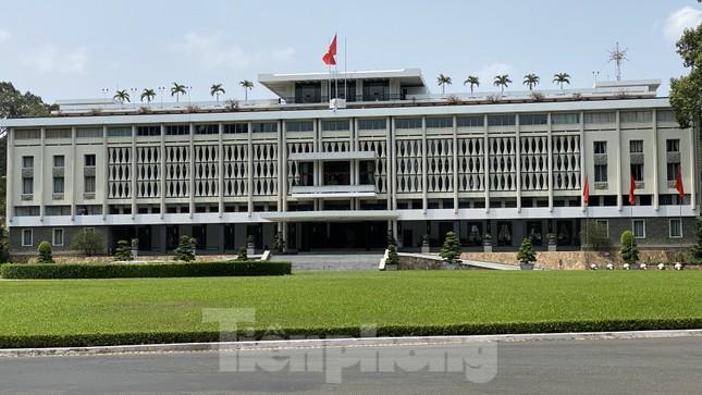 Sài Gòn trước và trong mùa dịch bệnh COVID-19 ảnh 17
