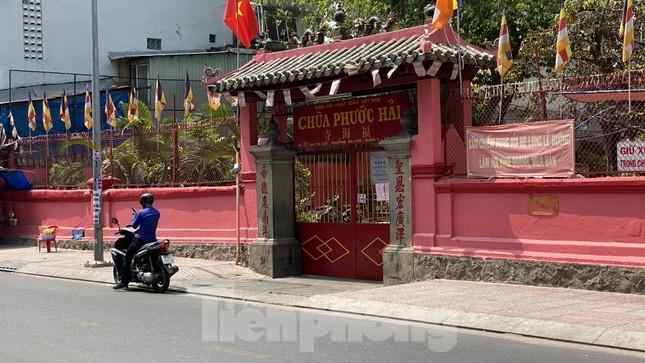 Sài Gòn trước và trong mùa dịch bệnh COVID-19 ảnh 14