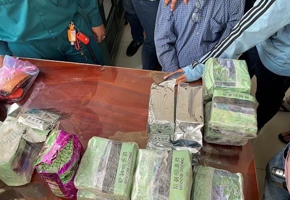 Vận chuyển ma túy từ Campuchia về Việt Nam tiêu thụ ảnh 1