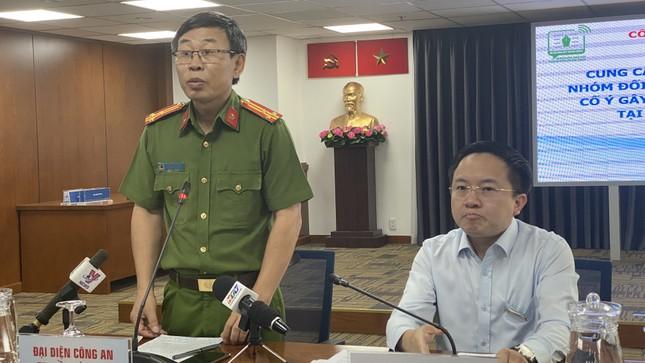 Cận cảnh hung khí nhóm 200 thanh niên áo cam đập phá quán nhậu ở Sài Gòn ảnh 1