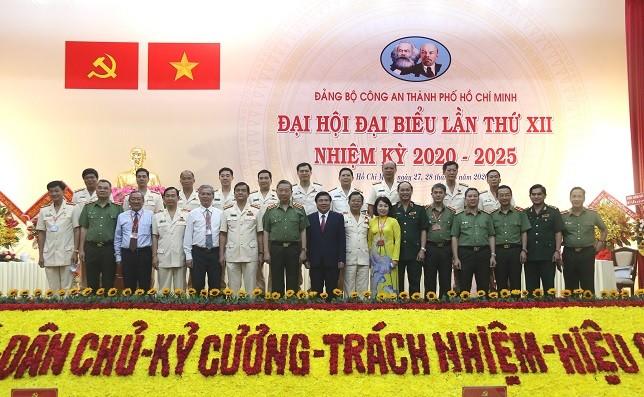 Đại tá Lê Hồng Nam được bầu giữ chức Bí thư Đảng ủy Công an TPHCM ảnh 2