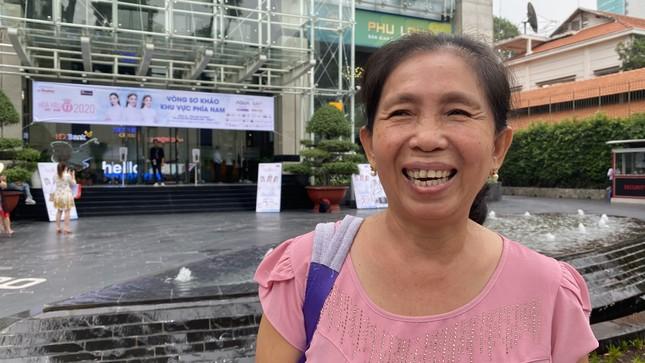 Tâm sự của những người mẹ chờ con dự vòng Sơ khảo Hoa hậu Việt Nam năm 2020 ảnh 1