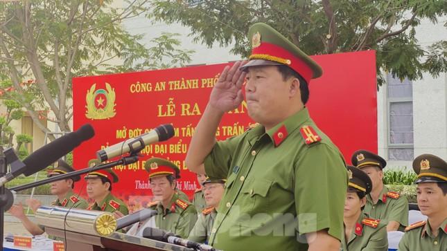 Thiếu tướng Lê Hồng Nam phát động ra quân trấn áp tội phạm ảnh 5