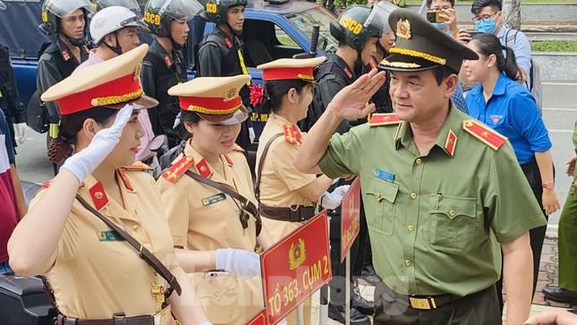 Thiếu tướng Lê Hồng Nam phát động ra quân trấn áp tội phạm ảnh 1