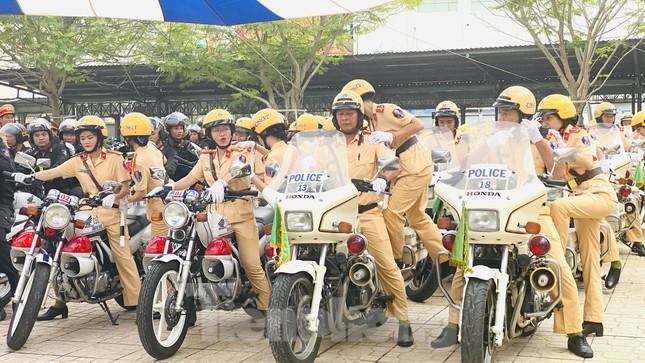 Thiếu tướng Lê Hồng Nam phát động ra quân trấn áp tội phạm ảnh 6