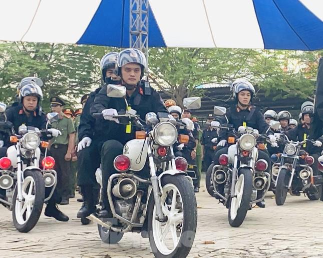 Thiếu tướng Lê Hồng Nam phát động ra quân trấn áp tội phạm ảnh 3
