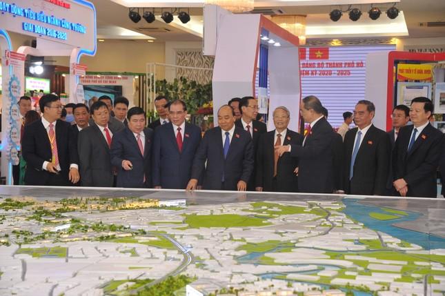 Hình ảnh lãnh đạo Đảng, Nhà nước dự Đại hội Đảng bộ TPHCM ảnh 5