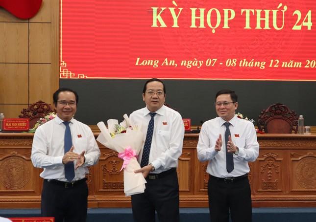 Long An bầu thêm Phó Chủ tịch UBND tỉnh ảnh 1
