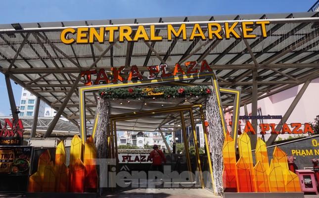 Chợ 'ngầm' dưới lòng đất TPHCM đìu hiu vắng khách ảnh 13